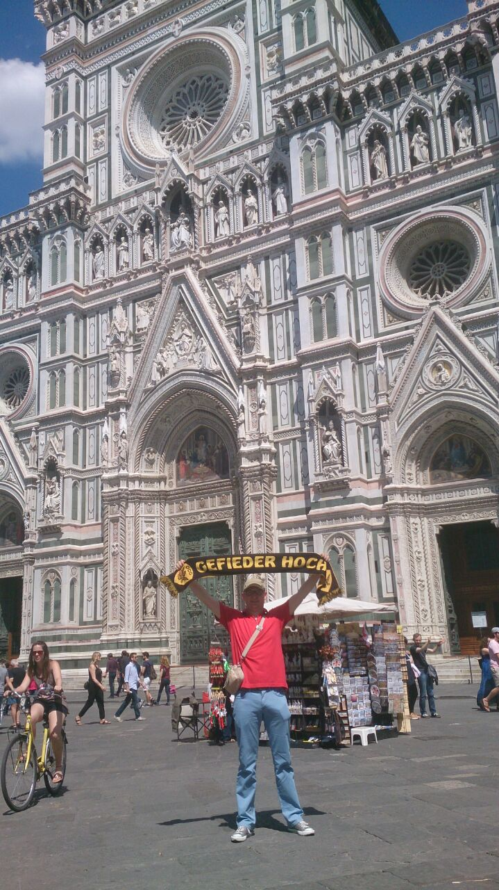 Florenz, Italien, 966 km